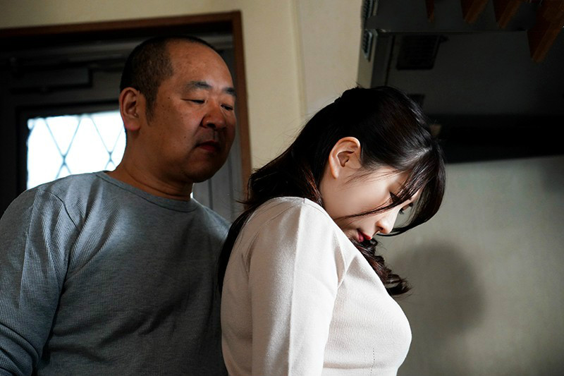 JUL-270:结城希美不知道肚中孩子是老公的还是公公的